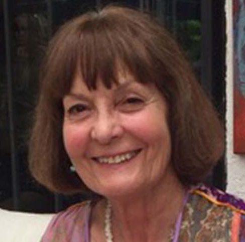 María Teresa Lladser